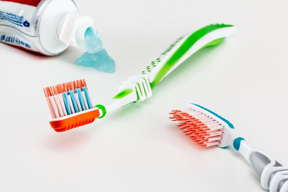 Comment faire face au mal de dents durant un voyage ?